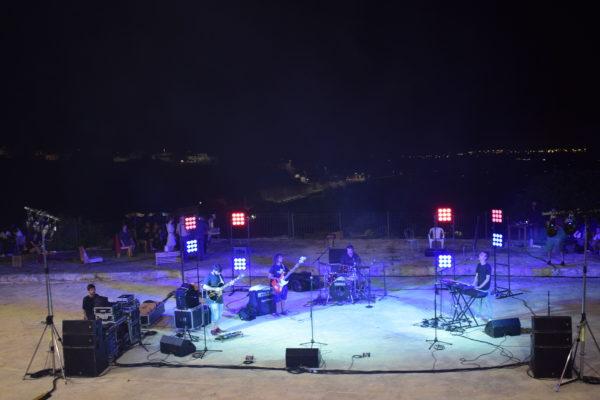 ASPETTANDO CALICI DI STELLE: a Sennori una serata musicale nella suggestiva cava di tufo